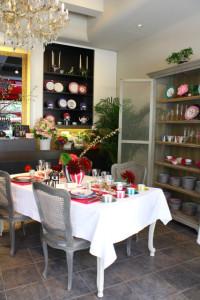 2013年4月 輸入食器の店『Maison de Noel 』Open 前の店頭ディスプレイ
